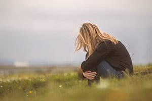 Deprese z akné: Jaký může mít akné psychický dopad?