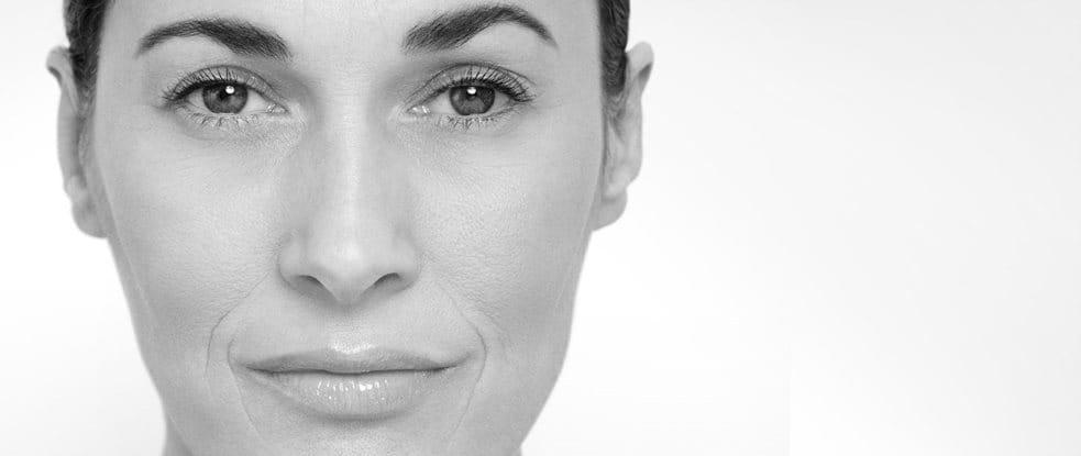 Gros plan du visage d'une femme