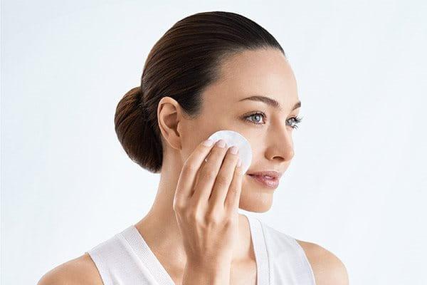 Tone skin before applying best serum for pigmentation