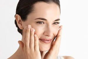 Vor der Pflege die Haut reinigen