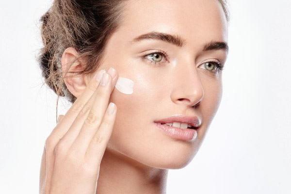 Нанасяне на грижа за кожата