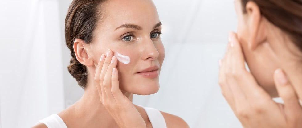 Facial Eczema : good skincare helps reduce symptoms