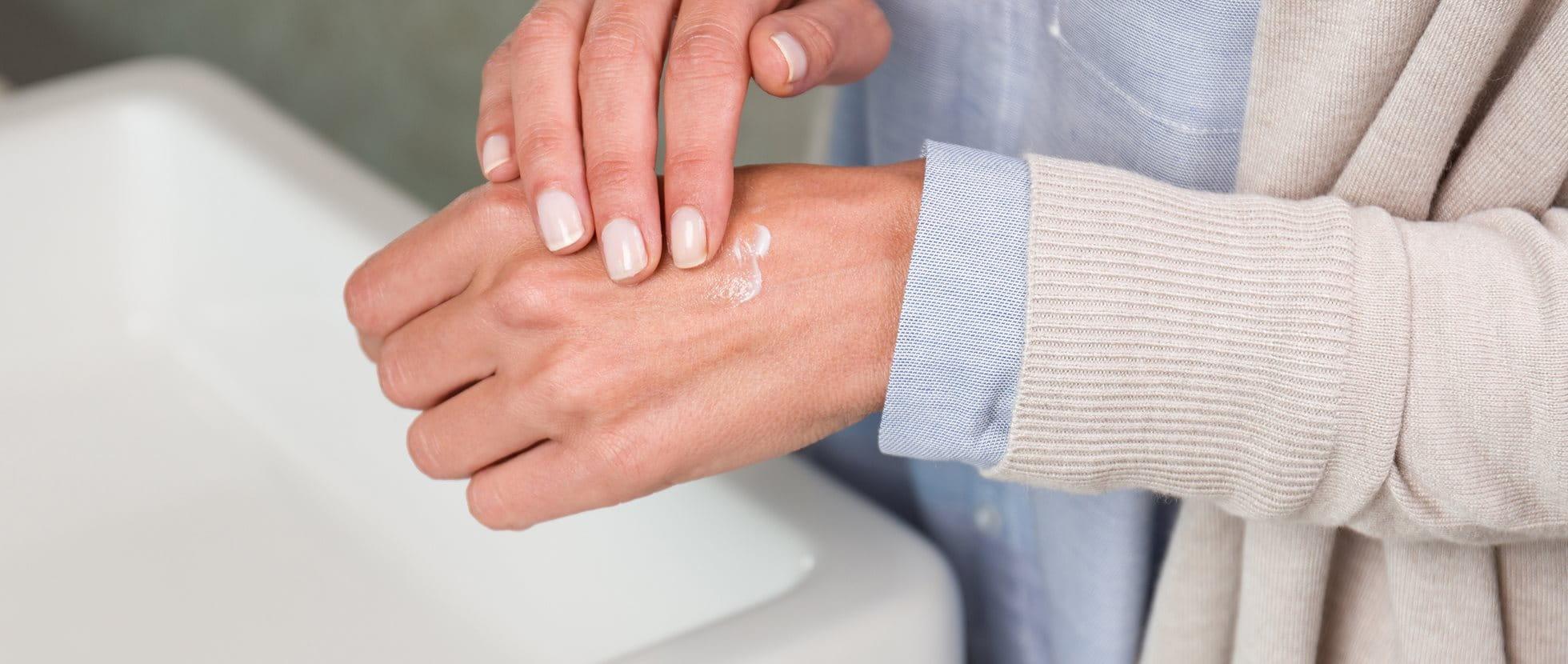 Was hilft gegen trockene Hände?