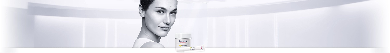Frau mit empfindlicher Gesichtshaut