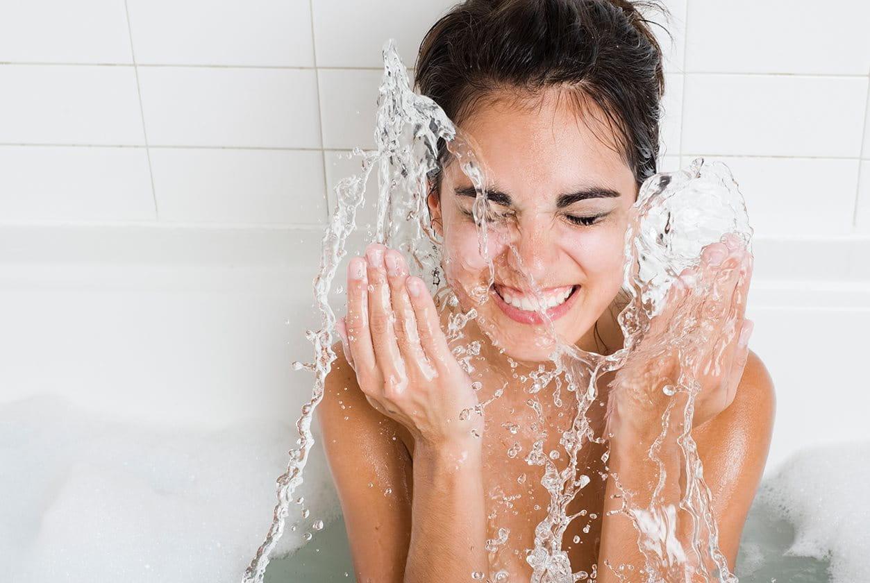 Akne tippek: napi tisztítás